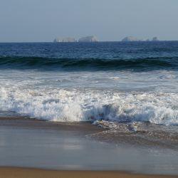 Playa Larga Bahia Playa Larga Zihuatanejo