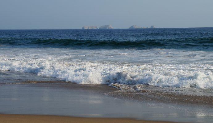 Bahia Playa Larga Zihuatanejo