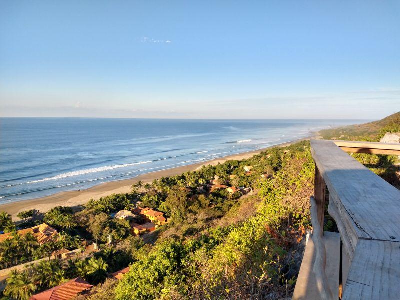 Mirador playa Troncones
